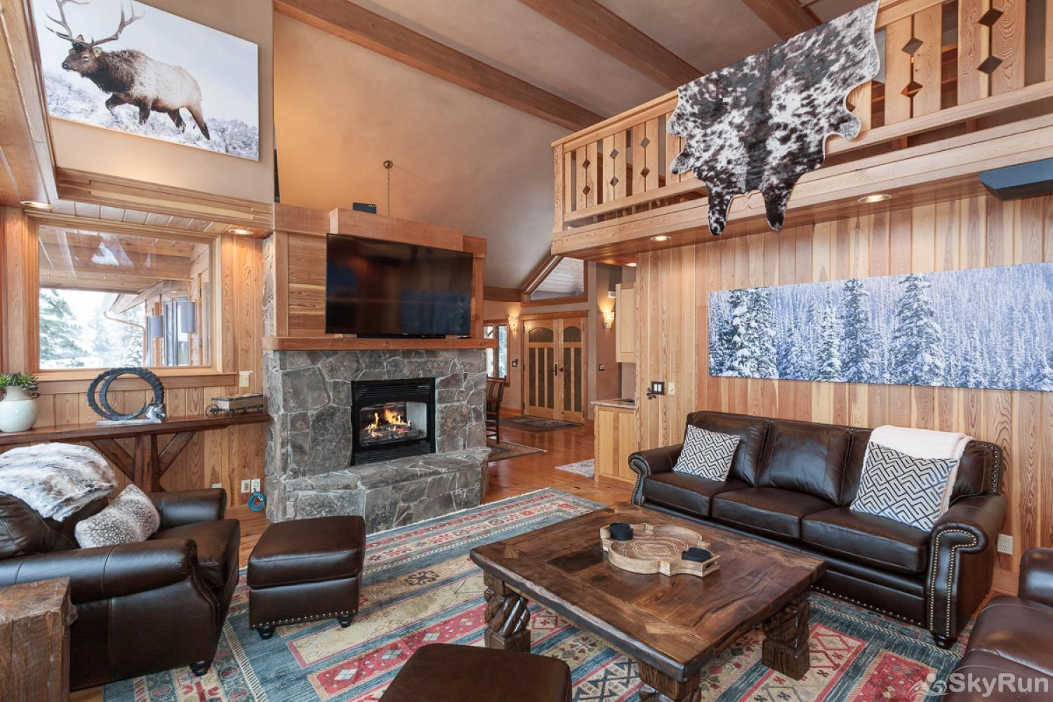 Highland Huckleberry Lodge Brand new furniture and decor throughout